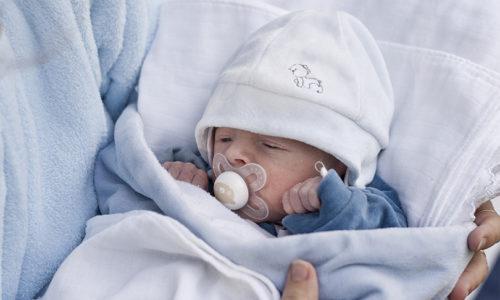 UAE new mums: Seven sleeping tips
