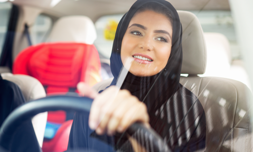 Saudi Arabia mothers given right to drive
