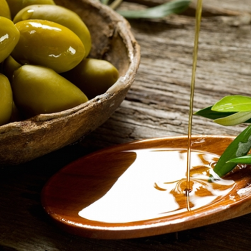 The Anti-Aging Benefits of Olive Oil