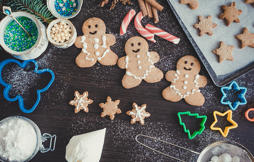 Children's festive gingerbread workshop in dubai