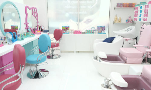 Mother and daughter pampering day at Chloe's salon Dubai