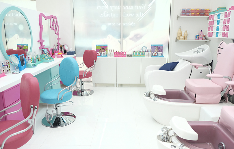 Mother and daughter pampering day at chloe 39 s salon dubai for Childrens hair salon