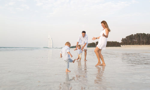 Win a family photo shoot with Emma Staples Photography worth AED 1000