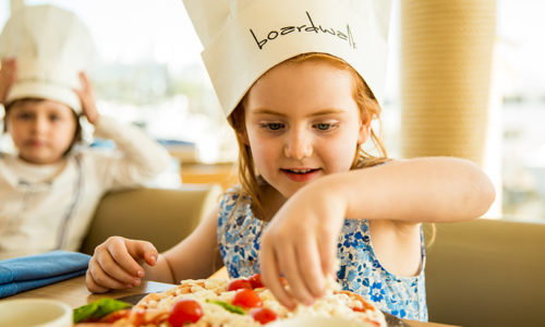 Win lunch or dinner for a family of four at Boardwalk worth AED 500