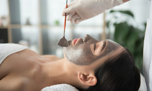 Win Spectra Laser Carbon Peel, worth AED600!