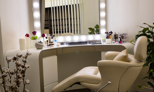 Win a pamper voucher for VK Beauty Lounge & Bar, worth AED 500!