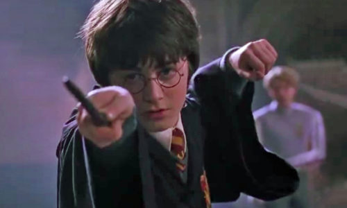 Entertain the kids with the new Harry Potter 'wand' app