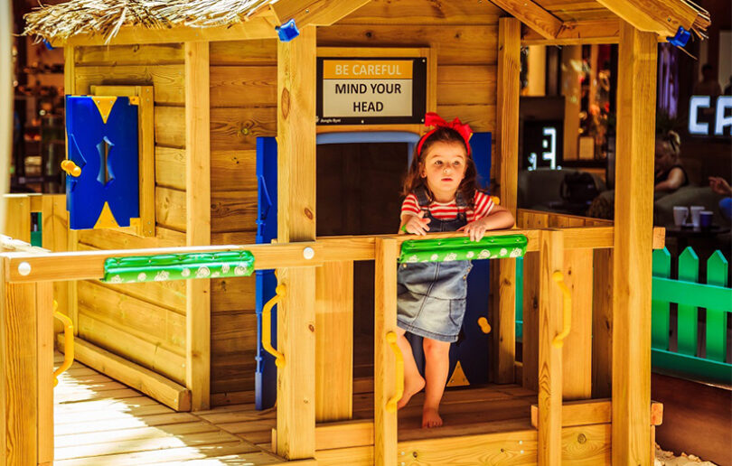 We love this FREE family-friendly indoor beach party
