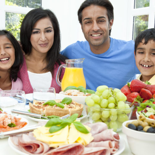 The Benefits of Family Mealtimes Together