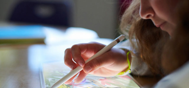 Four creative classes to attend at Apple Dubai Mall this summer
