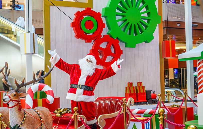 Festive family fun at The Galleria Al Maryah Island's Winter Wonderland