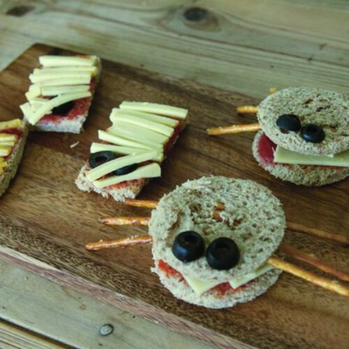Recipe: Halloween Crab Sandwiches