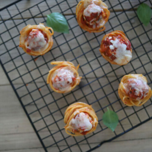 Recipe: Spaghetti Meatball Cups