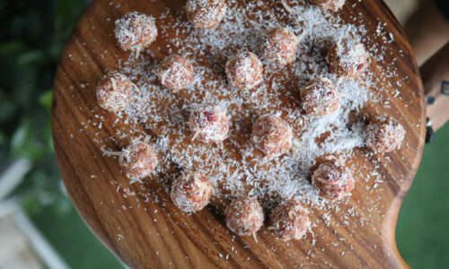 Recipe: Raspberry Coconut Balls