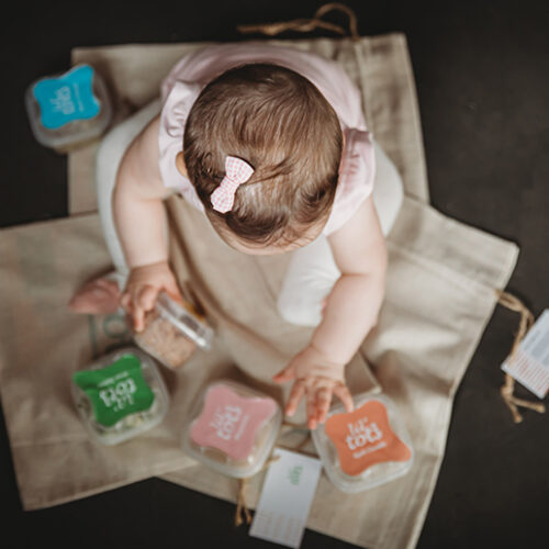 5 top tips to help with baby weaning
