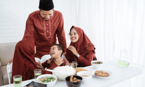 Helping children to fast healthily in Ramadan