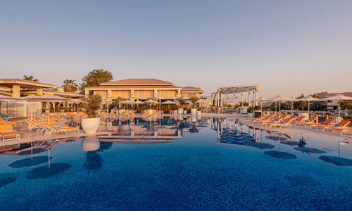 WIN! A family day out at the Jumeirah Islands Clubhouse, with AED 600 to spend on food & drinks